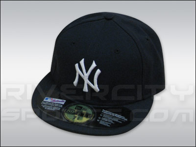 separation shoes de7ea 5b8e1 New York Yankees NEW ERA AUTHENTIC COLLECTION 59FIFTY GAME CAP. Found in  Clothing   Hats