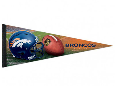 DENVER BRONCOS FIELD PENNANT. Found in Souvenirs > Pennants