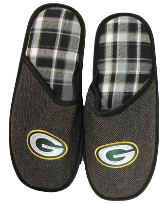 GREEN BAY PACKERS MENS SLIPPERS. Found in Clothing > Footwear