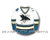 SWEATER PIN HOME [OLD STYLE] in SAN JOSE SHARKS Found in: NHL > SAN JOSE SHARKS > Souvenirs > Pins